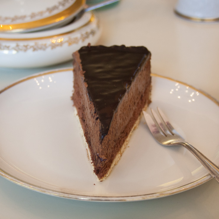 leckere Kuchen und Snacks bei Herr Max in Hamburg - The Vegetarian Diaries
