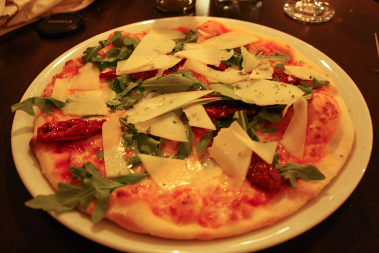 vegetarische Pizza essen im La Monella in Hamburg - The Vegetarian Diaries