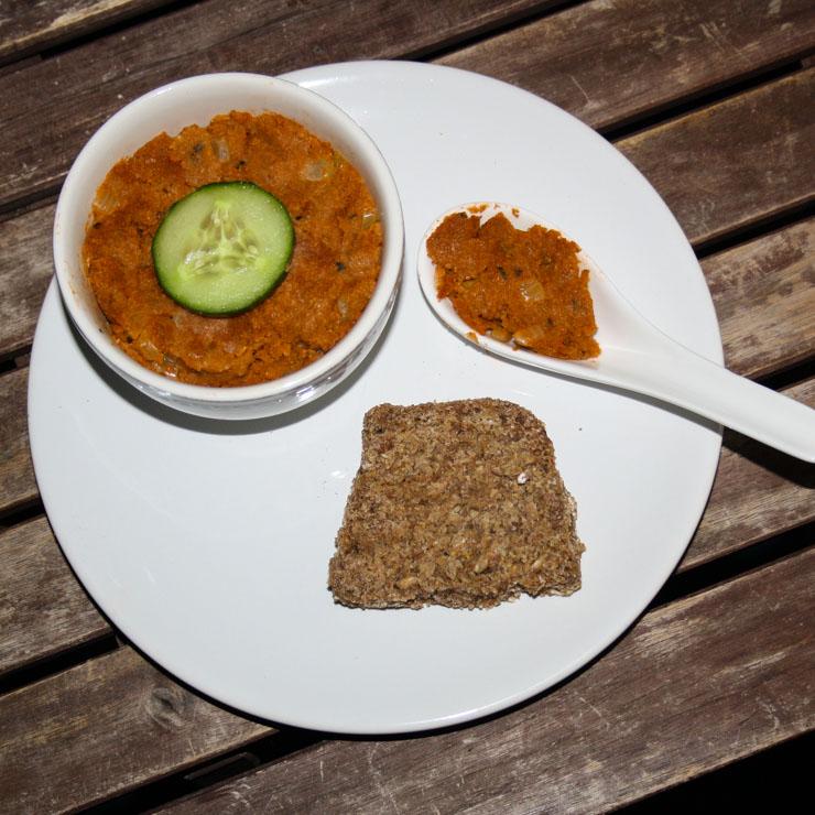 Grünkern-Tomaten-Aufstrich - The Vegetarian Diaries