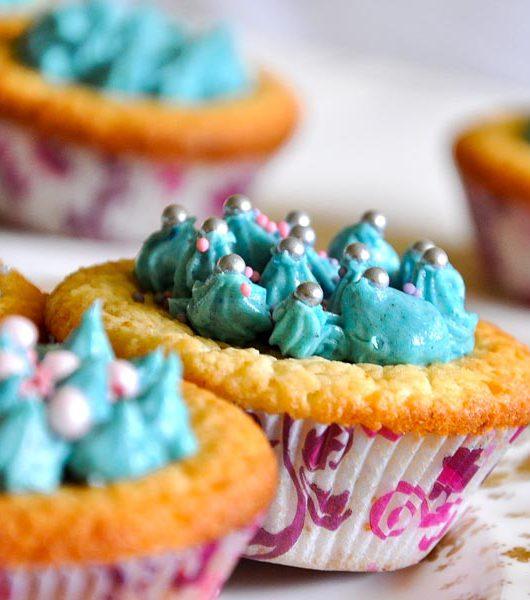 vegane Kokos-Cupcakes mit weißer Schokolade - The Vegetarian Diaries