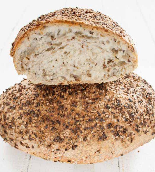 Sesam-Leinsamen-Brot - The Vegetarian Diaries
