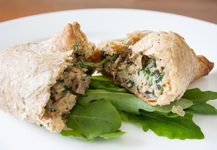 gefüllte Spinat-Pilz-Soja-Blätterteigtaschen - The Vegetarian Diaries