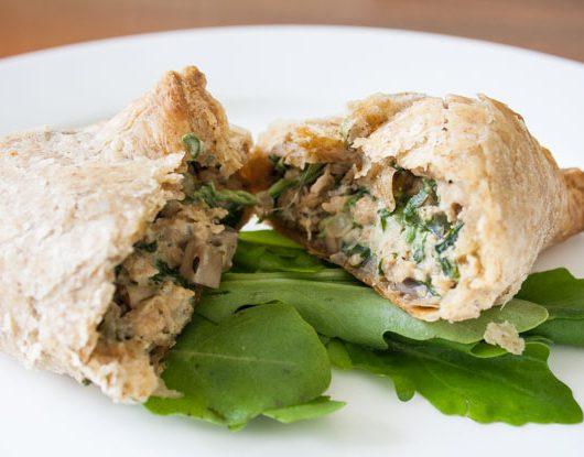 vegane Spinat-Pilz-Soja-Blätterteigtaschen - The Vegetarian Diaries