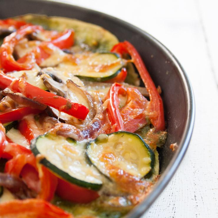 Pizza Vegetariano mit Basilikumpesto - The Vegetarian Diaries