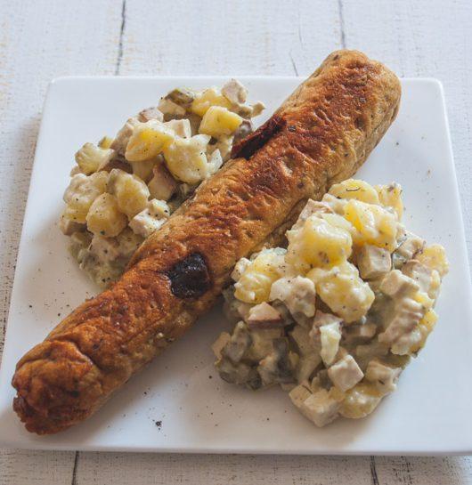 mediterrane Seitanwurst mit Kartoffelsalat - The Vegetarian Diaries