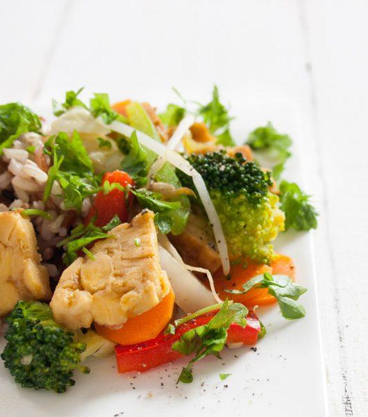 Räucher-Tempeh mit Gemüse - The Vegetarian Diaries