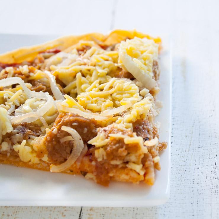 vegane Thunfisch-Pizza mit Schmelz - The Vegetarian Diaries