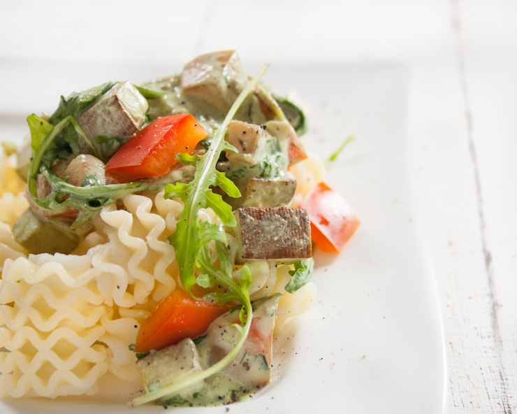 Pasta mit Räuchertofu-Rucola-Sauce - The Vegetarian Diaries
