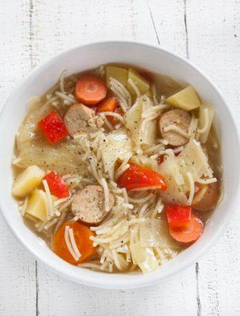 schnelle vegane Nudelsuppe mit Wienern - The Vegetarian Diaries
