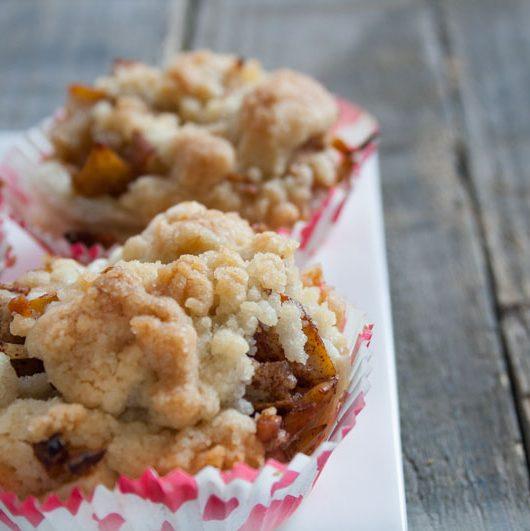 Birnen-Crumble-Muffins mit Zimt - The Vegetarian Diaries