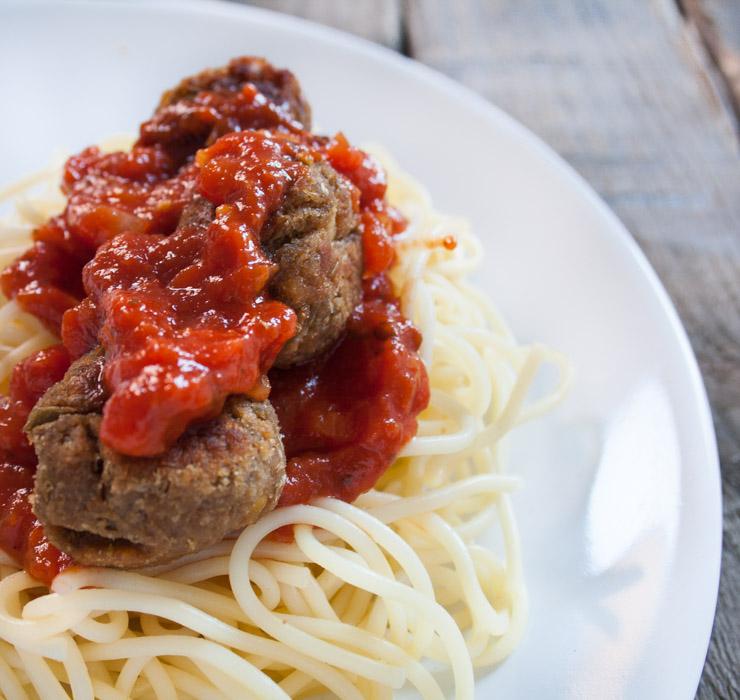 vegane Meatballs mit Spaghetti - The Vegetarian Diaries