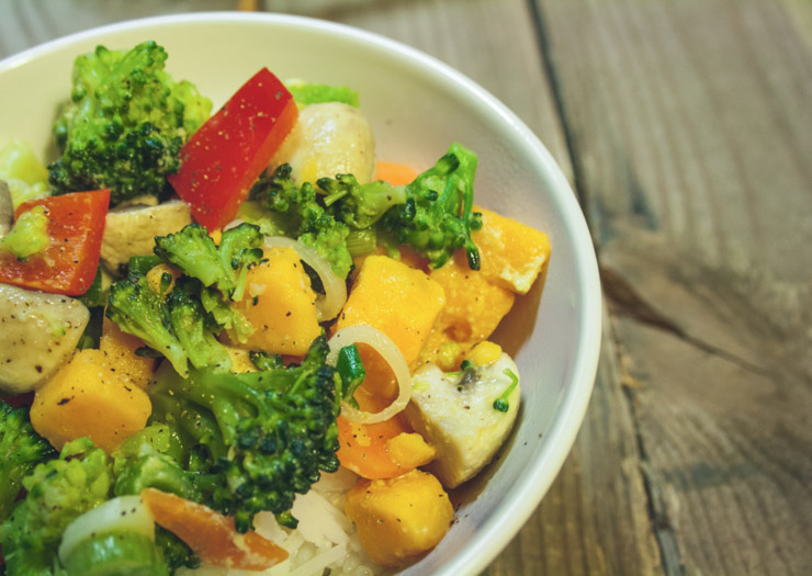 buntes Curry mit Brokkoli - The Vegetarian Diaries