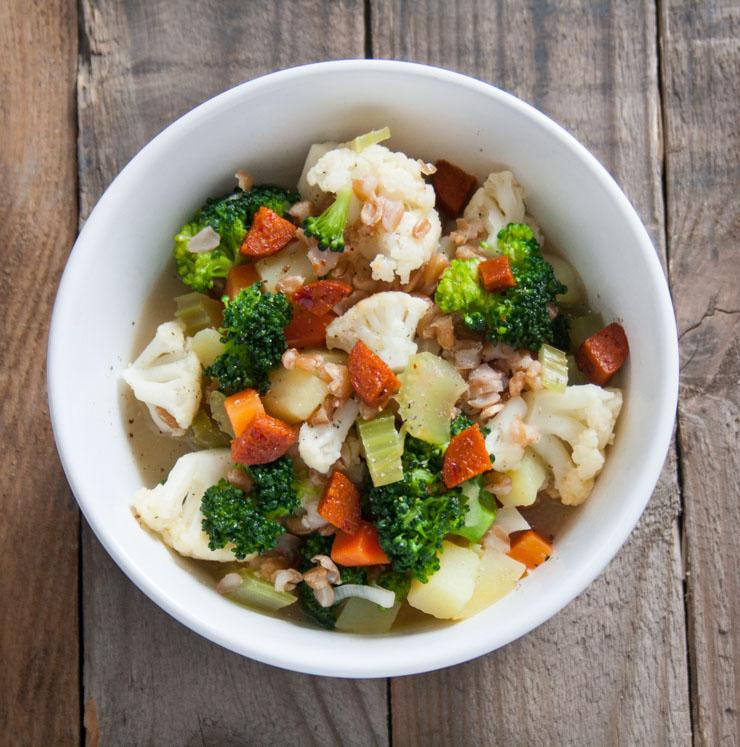 Eintopf mit Gemüse und Dinkel - The Vegetarian Diaries