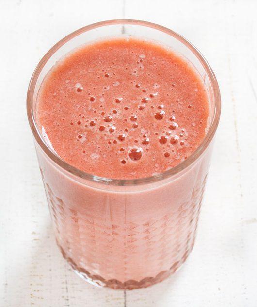 Erdnbeer-Grapefruit-Smoothie - The Vegetarian Diaries