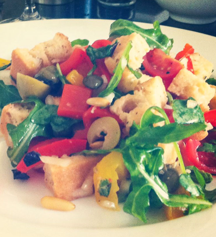 italienischer Brotsalat vegan - The Vegetarian Diaries