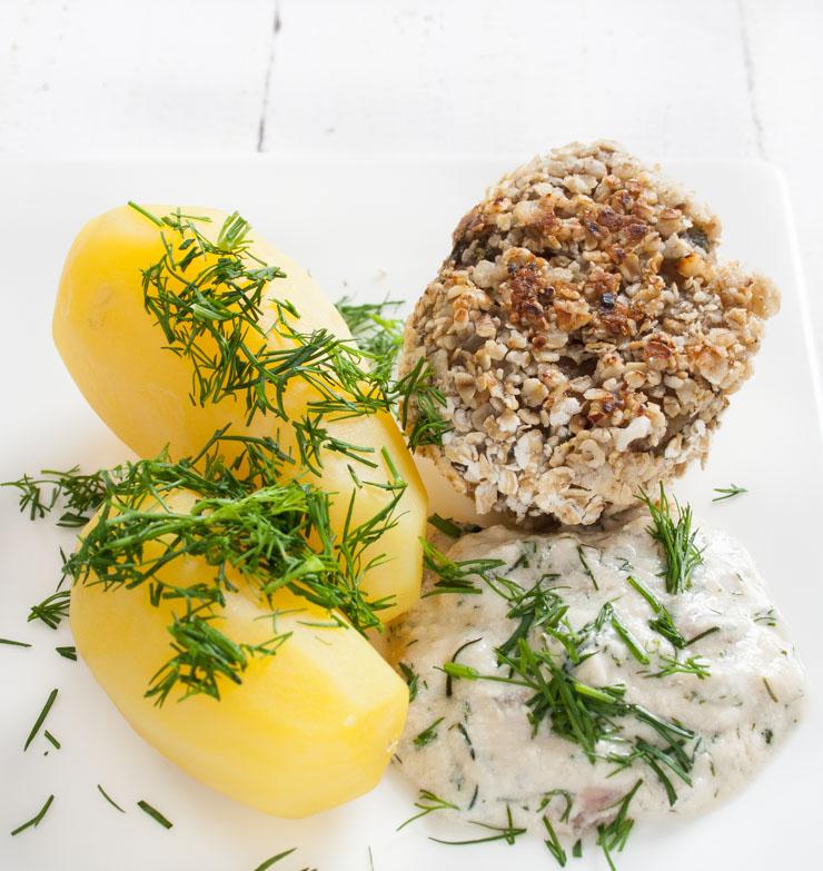 Seitanbratlinge mit Haferflocken und Dillsoße - The Vegetarian Diaries