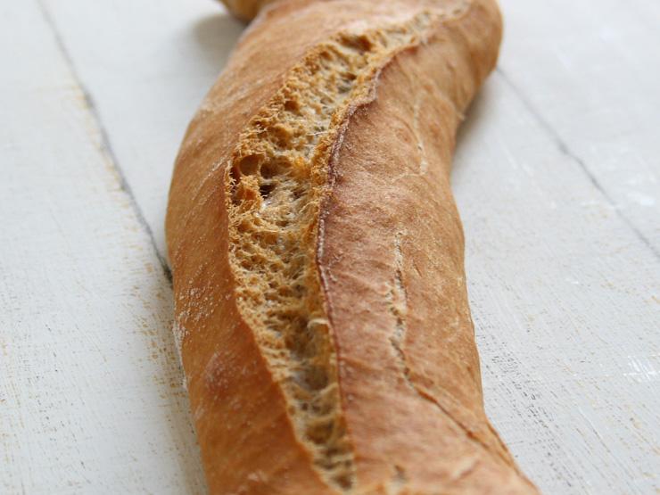selbst gemachtes Dinkelvollkorn-Baguette - The Vegetarian Diaries