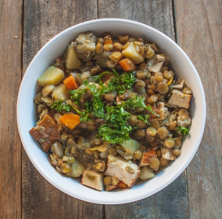 Linseneintopf mit Räuchertofu - The Vegetarian Diaries