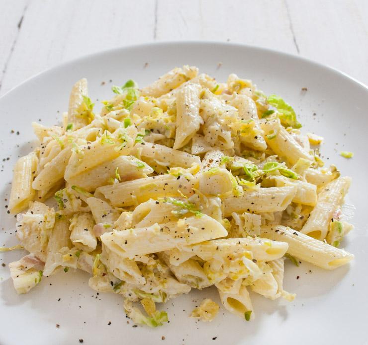 Nudeln mit Rosenkohl in einer Zitronensauce - The Vegetarian Diaries