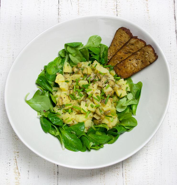 Kartoffelsalat mit Räuchertofu - The Vegetarian Diaries