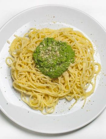 Rucola-Bärlauch-Pesto mit Pasta - The Vegetarian Diaries