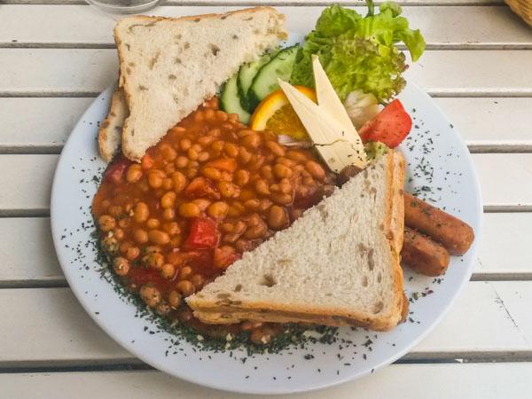 vegan essen auf st pauli das caf miller the vegetarian diaries. Black Bedroom Furniture Sets. Home Design Ideas