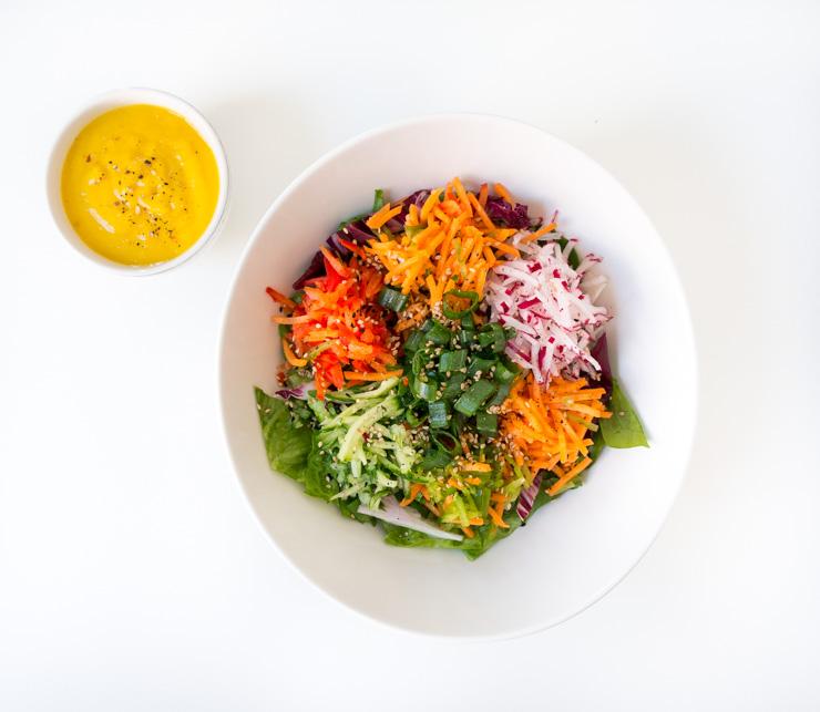 Salat mit Mangodressing - The Vegetarian Diaries