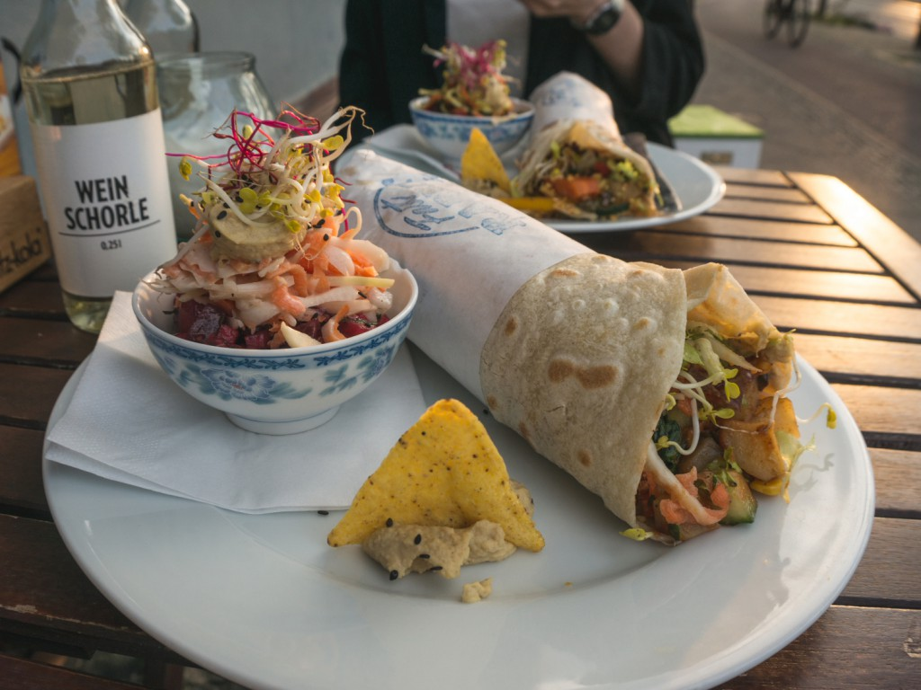 vegane Dirty Roll im Fast Rabbit in Berlin