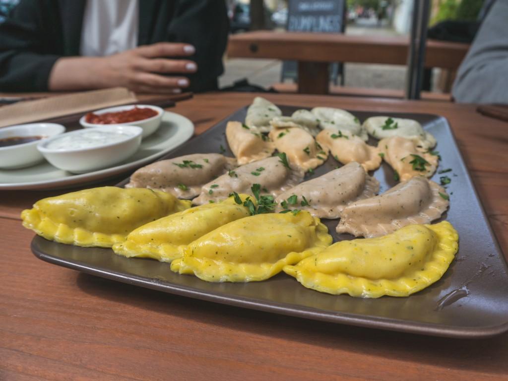 vegan / vegetarische Teigtaschen in Berlin: Das Momos