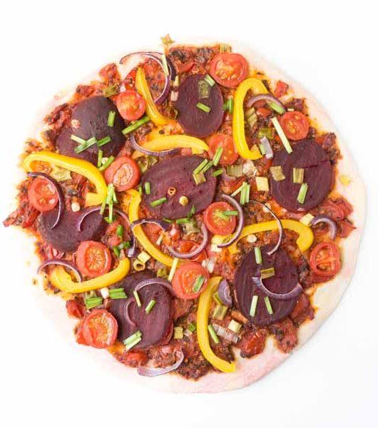 vegane Rote Bete Pizza - The Vegetarian Diaries