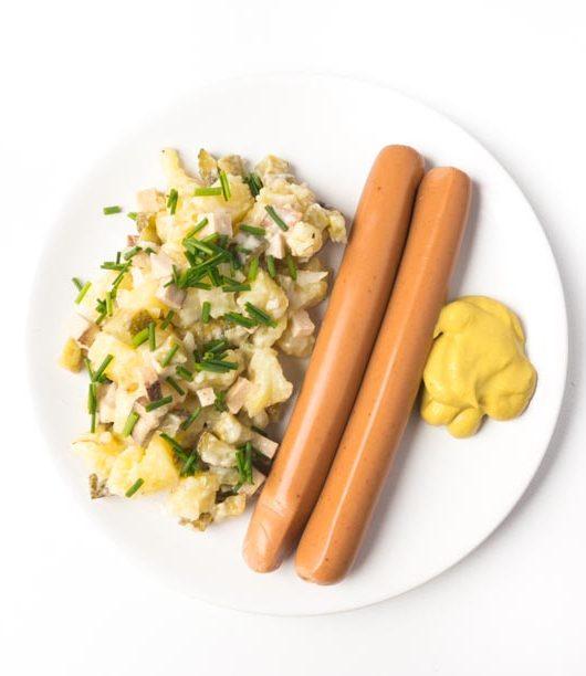 veganer Kartoffelsalat mit Würstchen zu Weihnachten- The Vegetarian Diaries