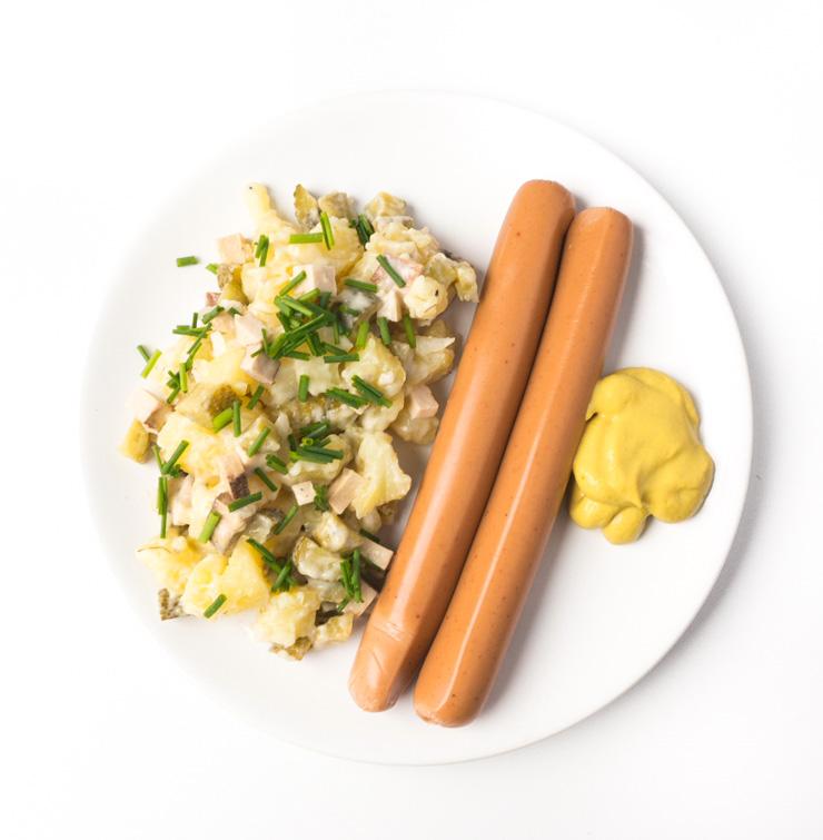 veganer Kartoffelsalat mit Würstchen - The Vegetarian Diaries
