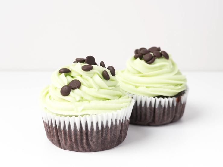 vegane Schokoladen-Minz Cupcakes - Rezept - The Vegetarian Diaries