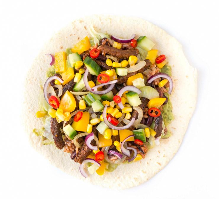 vegane Burritos mit Soja-Fleisch und BBQ-Soße - The Vegetarian Diaries