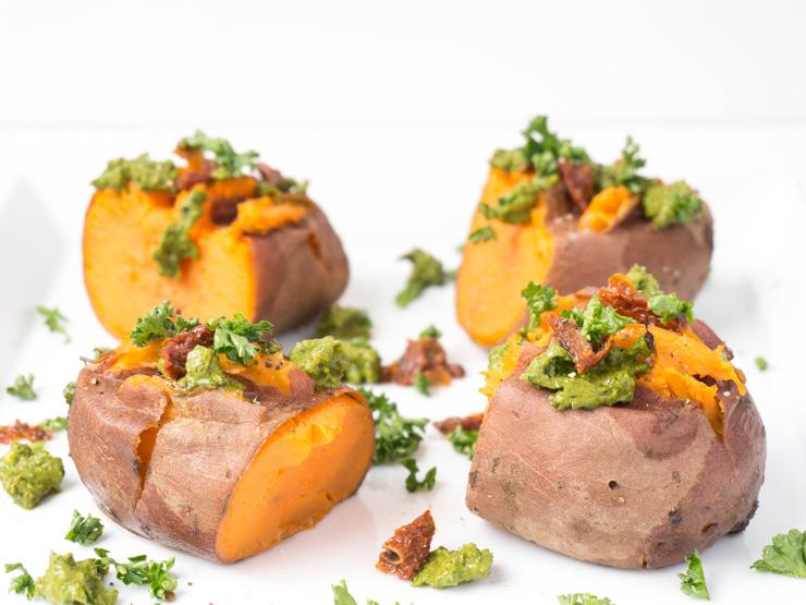 crushed Süßkartoffeln mit Spinat-Pesto - The Vegetarian Diaries