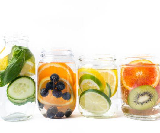 vier einfache infused Water Rezepte - selbst gemacht - The Vegetarian Diaries