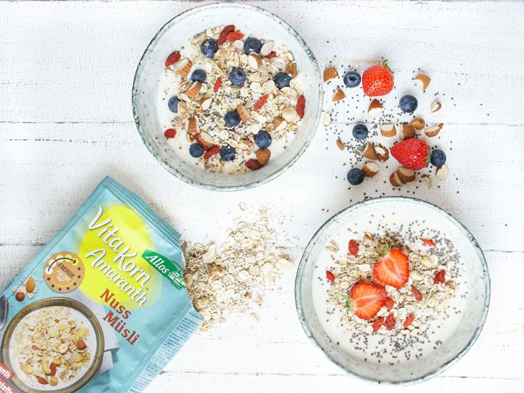 gesundes, healthy Frühstück mit Müsli - The Vegetarian Diaries
