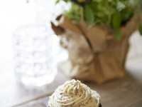 vegane Rote-Bete-Cupcakes mit Cashew-Chia Topping