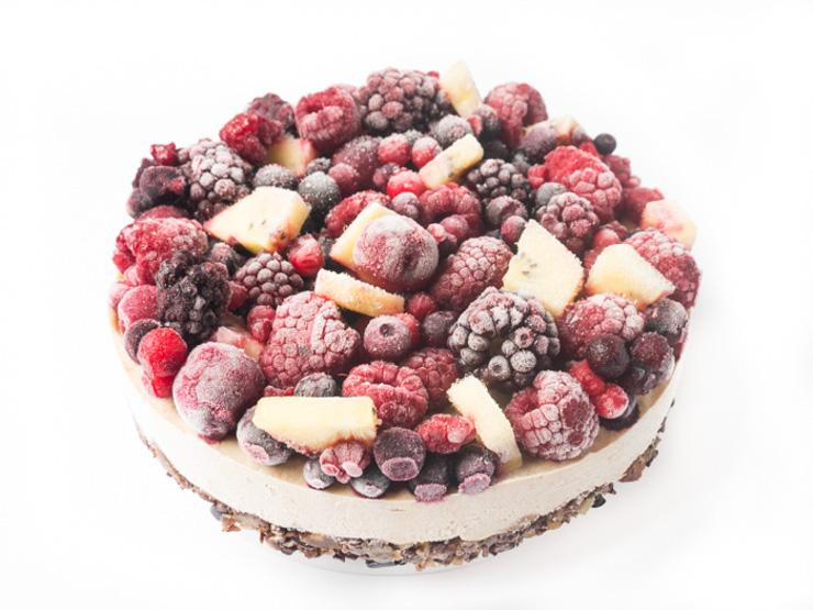 roh-vegane Beeren-Torte mit SunGold-Kiwis von Zespri - The Vegetarian Diaries
