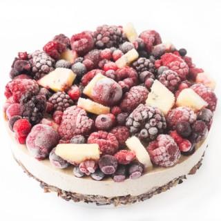 roh-vegane Beeren-Torte mit SunGold-Kiwis von Zirpis