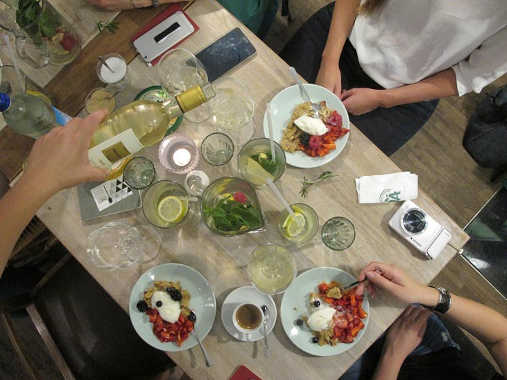 NOA Event - Nachtisch - Hummus-Halvar mit Joghurteis - vegan