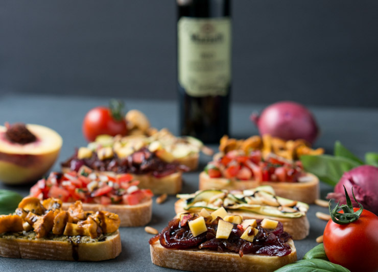 vier vegane Bruschetta Varianten - The Vegetarian Diaries