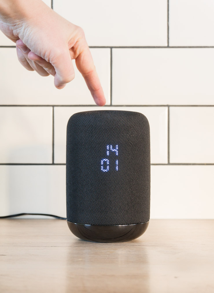 Sony Smart Speaker schwarz - Gestensteuerung - The Vegetarian Diaries