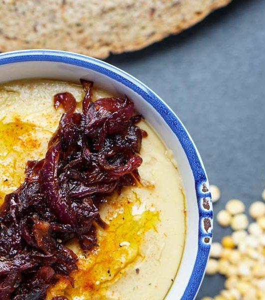 Fava mit karamellisierten Zwiebeln - The Vegetarian Diaries
