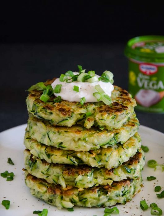 vegane Zucchini-Puffer - The Vegetarian Diaries