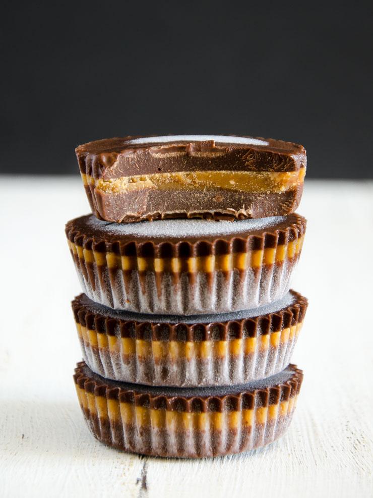 Erdnussbutter-Pralinen mit Schokolade - The Vegatarian Diaries