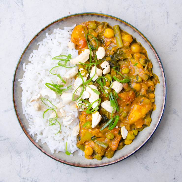 indisches Curry mit Reis - The Vegetarian Diaries