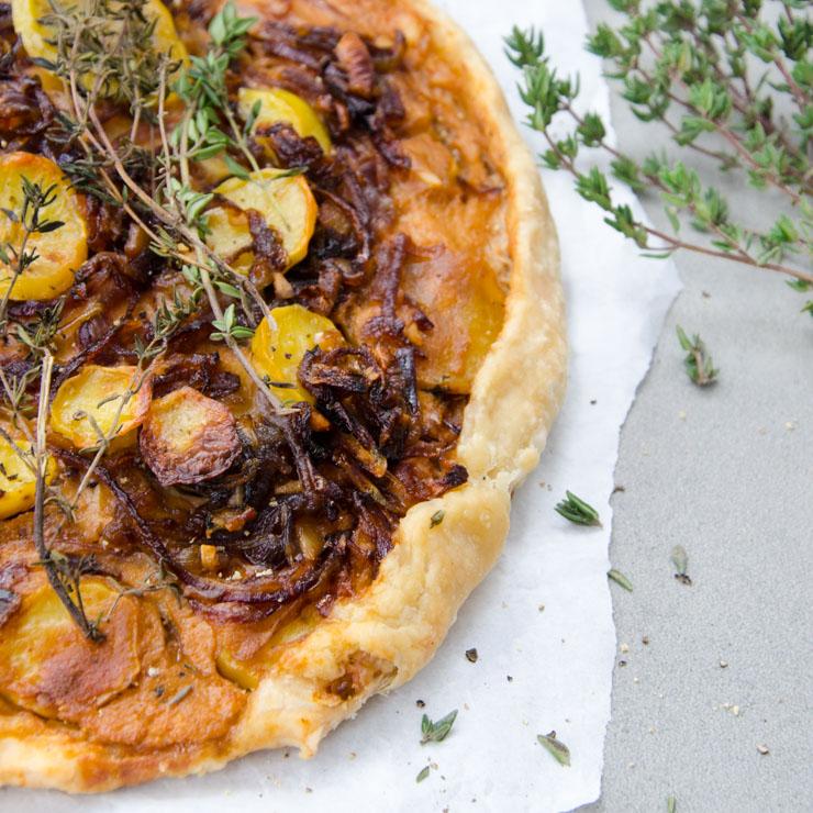 Kartoffel-Zwiebel Galette mit Dinkelmehl - The Vegetarian Diaries