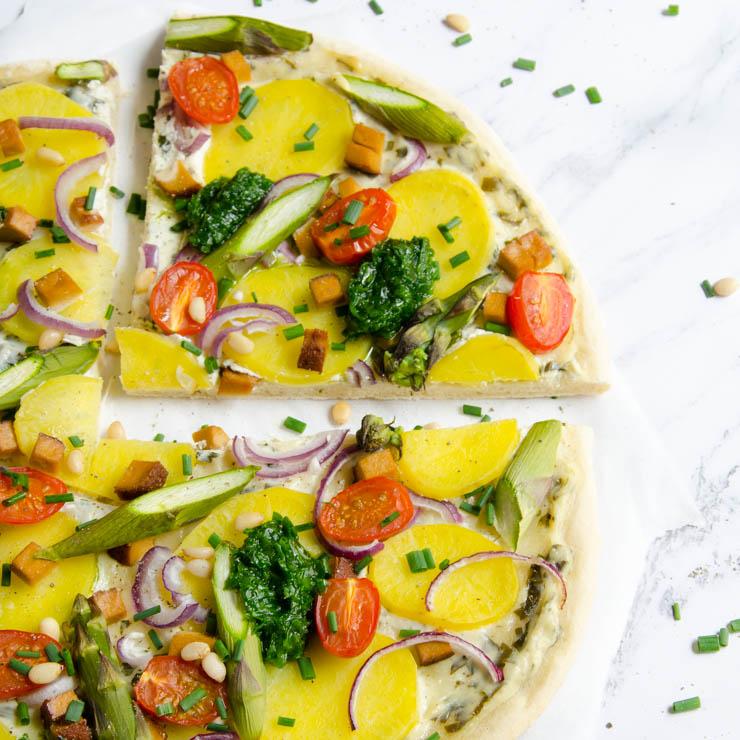 Bärlauch-Spargel-Pizza - The Vegetarian Diaries